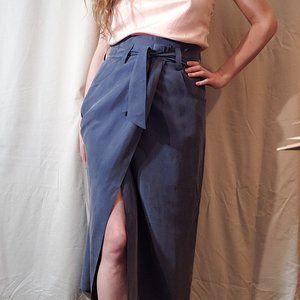 Gorgeous vintage 100% silk wrap skirt